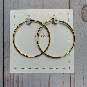 NWT - Essential Large Gold Hoop Earrings